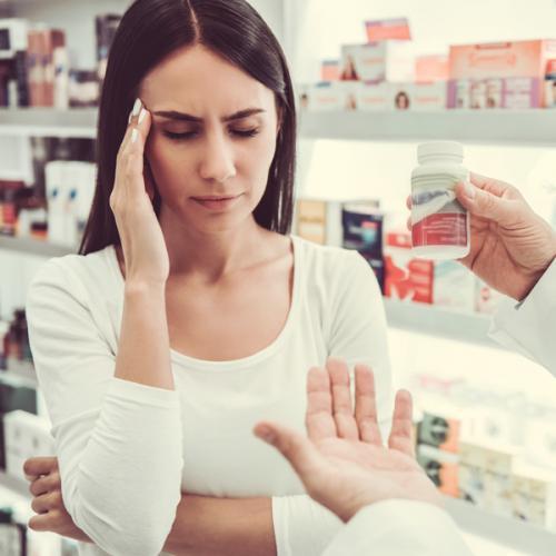 Dor de cabeça: a importância da orientação farmacêutica assertiva
