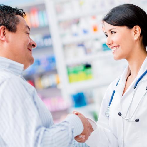 Atendimento ao cliente na farmácia: eles merecem o melhor